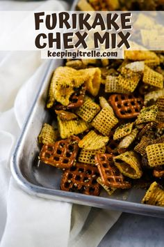 Crispy sweet and salty furikake chex mix is a favorite Hawaiian snack. Simple recipe and the ability to customize it to make it your own makes this recipe one you've got to try. Hawaiian Dessert Recipes, Hawaiian Desserts, Furikake Chex Mix, Types Of Snacks, Honey Roasted Peanuts, Recipe Please, Sweet And Salty, Snack Recipes, Easy Meals