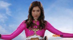 Emma's Pink Ranger Megaforce Morphing Pose Power Rangers Series, Pink Power Rangers, Power Rengers, Girl Power, Power Rangers Cosplay, Power Rangers Megaforce, Rangers Team, Girl Actors, American Series