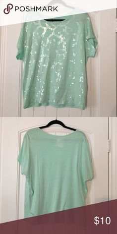 """Mint sequin top Loose and flowy top with sequin design on the front. Size S but I would say fits more like a Medium, or very loose S. Brand is """"Rock 47 by Wrangler"""". Great condition! Wrangler Tops Tees - Short Sleeve"""