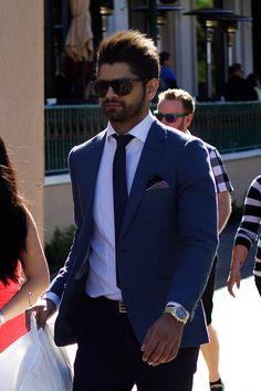 On the Street, Fitted Blue Blazer, Las Vegas Strip  http://richmbariket.com/on-the-street-fitted-blue-blazer-las-vegas-strip/ #grooming #men #style #fashion #jacket #tie #pants #vegas