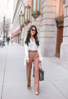 Trendy business casual work outfit for women 14 Summer Dress, Fall Outfits For Work, Casual Work Outfits, Mode Outfits, Work Attire, Work Casual, Office Outfits, Chic Outfits, Office Attire