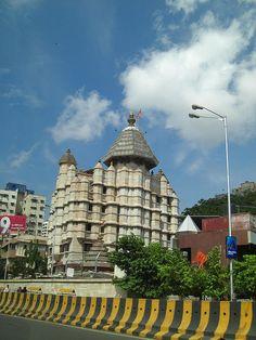 SiddhiVinayak Temple Mumbai - my fav <3