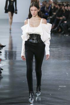 Mugler Spring 2018 Ready-to-Wear Collection Photos - Vogue