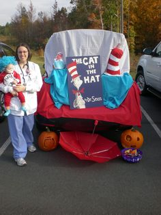 """Cat in the Hat"" Trunk or Treat..... I would change it a little but live the idea"