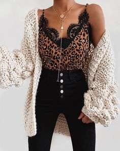 Size Herbstmode schwarz Women Summer Leopard Lace Fashion Camisole Sleeveless Vest Casual Tank Tops Silk Ladies Loose V-Neck Camisole T-Shirt Plus Size Cute Casual Outfits, Summer Outfits, Cute All Black Outfits, Casual Trendy Outfits, Casual Clothes, Casual Tops, Casual Wear, Fashion Story, Fashion Outfits
