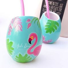 Yuki Deco (@deco.yuki) | Instagram photos and videos Clay Pot Crafts, Dyi Crafts, Flora Vector, Cactus Clipart, Paper Mache Bowls, Color Me Mine, Wine Bottle Art, Decoupage Art, Hand Painted Canvas