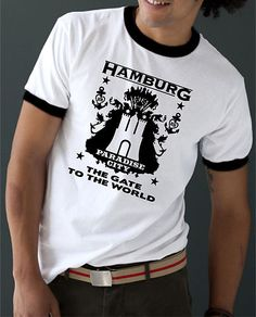 COOLES HAMBURG THE GATE TO THE WORLD SPORT T-SHIRT + BEANIE IN DUNKELGRÜN!