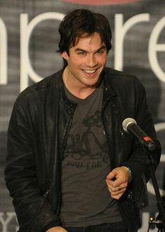 Ian Somerhalder took the stage and chatted with Vampire Diaries fans who came out to see him at a mall in Canoga Park, CA, during a February 2010 event. Nikki Reed, Ian And Nikki, The Vampire Diaries 3, Vampire Diaries The Originals, Damon Salvatore, Ian Somerhalder, Nina Dobrev, Louisiana, Cristian Grey