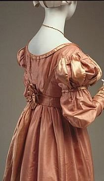 1823 Dress century Fibre: silk (taffeta, satin), cotton (lining); Sewn (hand) © McCord Museum Description MJT= Note embellishment on waist 1800s Fashion, 19th Century Fashion, Vintage Fashion, 17th Century, Antique Clothing, Historical Clothing, Historical Costume, Vintage Gowns, Vintage Outfits