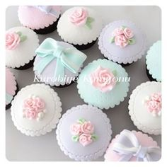 Another great idea for wedding cupcakes