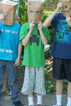 Mamabyrd: How to throw a minecraft birthday party