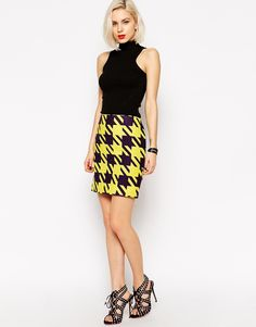 L.A.M.B Large Houndstooth Mini Skirt