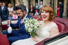 Bride with 1950s style makeup and bright red lips #beauty #weddingmakeup #vintage