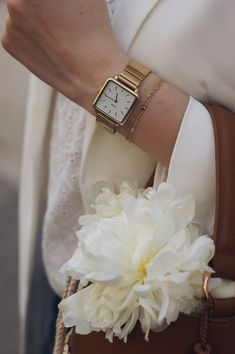 Fashion watches Models watches Audemars Piguet watches Patek Philippe watches Swiss Made watches Classy Elegant Watches, Beautiful Watches, Fashion Accessories, Fashion Jewelry, Jewelry Accessories, Vintage Watches Women, Casio Vintage Watch, Gold Watches Women, Watch Model