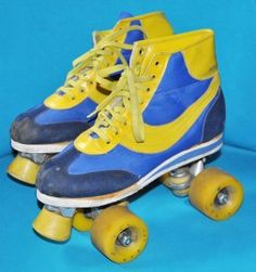 Rollerskates! İ was quite having the same ones in black-yellow combo!