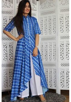 Get the ultimate guide on how to create your own designer saree blouses, with all the tops you have in your closet. Get the latest on saree drapes and new styles. Simple Kurti Designs, Kurta Designs Women, Salwar Designs, Blouse Designs, Western Dresses, Indian Dresses, Indian Outfits, Kurti Patterns, Dress Patterns