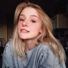Blonde Wigs Lace Hair Brown Wigs Short Pink Wig Best Toner For Yellow Bleached Hair Rupaul Wigs Pretty People, Beautiful People, Makeup Tumblr, Lace Hair, Blonde Wig, Grunge Hair, Tumblr Girls, Girl Face, Aesthetic Girl