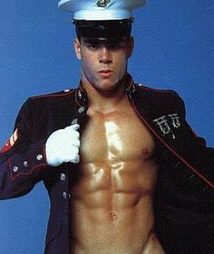 8 years in the Marine Corps and I saw maybe one guy who looked like this. Wishful advertising... Lol