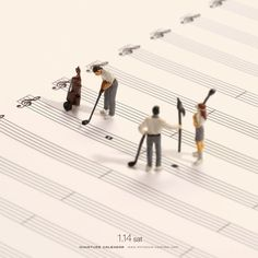 For the past six years, Japanese artist Tatsuya Tanaka has been creating tiny dioramas as part of his ongoing Miniature Calendar project. Miniature Photography, Toys Photography, People Photography, Piano Pictures, Music Pictures, Miniature Calendar, Music Illustration, Music Painting, Tiny World