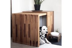 Wooden Dog Kennels, Wooden Dog House, Modern Dog Houses, Cool Dog Houses, Dog Kennel Cover, Diy Dog Kennel, Stockholm, Dog Crate Furniture, Dog Area