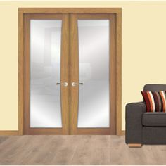 Our White Oak Shaker Bow 1 Light interior doors are perfect to double up and are now on sale: doorandfloorstore.co.uk