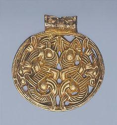 10-talet Village of Gnezdovo, Smolensk Region silver, filigran och lister… Medieval Jewelry, Viking Jewelry, Ancient Jewelry, Celtic Symbols, Celtic Art, Vikings, Norse Pagan, Norse Mythology, Viking Designs