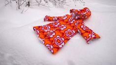 Liljan Lumo: Paratiisinkukka -kylpytakki innokkaalle kylpijälle... Sewing bathrobe for a girl, fabric Verson Puoti, pattern design Leena Renko