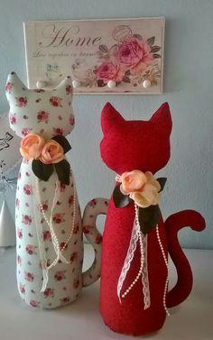 Paper Mache Animals, Fabric Animals, Sewing Stuffed Animals, Stuffed Animal Patterns, First Sewing Projects, Craft Projects, Sewing Toys, Sewing Crafts, Decorative Gourds