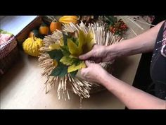 Wreaths, Table Decorations, Plants, Blog, Scrappy Quilts, Crowns, Door Wreaths, Blogging, Deco Mesh Wreaths