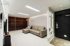 넓어보이는 25평 아파트 인테리어 예쁜집 : 네이버 블로그 Interior, Room, Furniture, Home Decor, Display, House, Bedroom, Floor Space, Decoration Home