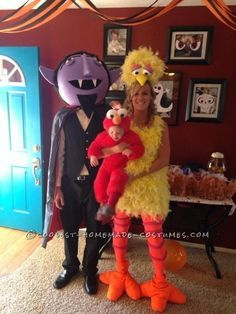 Cool homemade sesame street family costumes coolest homemade cool diy count big bird and baby elmo family halloween costumes solutioingenieria Choice Image
