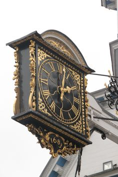 "500px / Photo ""time"" by Joao Amado - The famous clock of the Guildfors Town Centre"