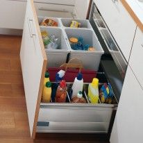 TDB4 - Voor flessen en sorteren van afval