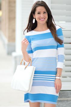 Nautical Lilly Pulitzer t-shirt dress with all white accessories. Such a cute Labor Day outfit idea! WOMENS T-shirt Preppy Outfits, Cool Outfits, Preppy Dresses, Teenage Outfits, Modest Fashion, Fashion Outfits, Prep Fashion, Fashion Women, Nautical T Shirts