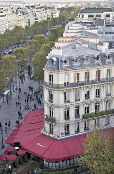 Paris est une Fête! — Fouquet's, 99 av. des Champs-Elysées, Paris 8e.