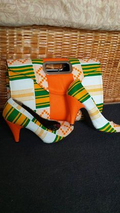 African Wax Print Shoes and Purse. African by EJ African Products ~African fashion, Ankara, kitenge, Kente, African prints, Senegal fashion, Kenya fashion, Nigerian fashion, Ghanaian fashion ~DKK