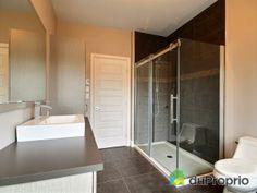 Salle De Bain Contemporaine Moderne Rustique Httpwww - Plan salle de bain moderne
