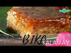 Get this easy Biko recipe, a rice cake Filipino delicacy, from glutinous rice cooked in coconut milk and brown sugar topped with caramelized coconut milk. Rice Cake Recipes, Sticky Rice Recipes, Rice Desserts, Rice Cakes, Dessert Recipes, Party Recipes, Filipino Desserts, Filipino Recipes, Filipino Food