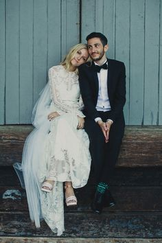 Epic Sydney Harbour wedding by Dan O'Day Photography. Bride wears Rue de Seine
