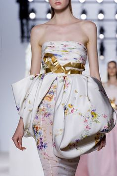 FALL 2013 COUTURE Giambattista Valli
