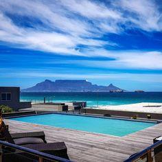 Son, See, en Sundowners ─ die naam sê alles! Table Mountain, Woodstock, Cape Town, Sons, Deck, City, Beats, Outdoor Decor, Blue