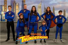 Phoebe,Max,Chloe,Nora,Billy,Barb,Hank. Season 3