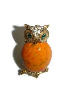 70's Owl Brooch Pin Bird Figural 1970's by PopcornVintageByTann