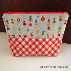 78/101 zip pouch