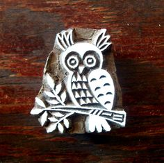 Items similar to Owl Hand Carved Pottery Wood Stamp Animal Indian Print Block on Etsy Motif Design, Design Art, Pattern Design, Indian Prints, Indian Art, Textiles, Textile Prints, Hand Carved, Carved Wood