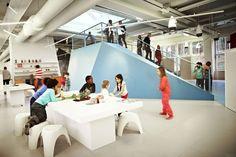 O que as escolas mais inovadoras do século XXI têm? 8 exemplos que você precisa conhecer,Vittra Telefonplan / Rosan Bosch. Imagem Cortesia de Desconhecido