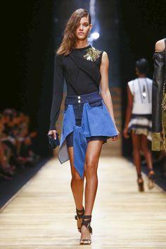 Guy Laroche Ready To Wear Spring Summer 2016 Paris