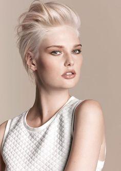 we love blonde - Hair Design Diana - Ihr Top Friseur in Herrieden und Ansbach. Friseure aus Leidenschaft - ..: Friseur Ansbach und Herrieden - Hair Design Diana GmbH