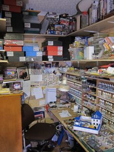 My workbench - Hobby Desk, Hobby Room, Tool Workbench, Painting Station, Lead Adventure, Work Benches, Space Crafts, Workspaces, Model Building