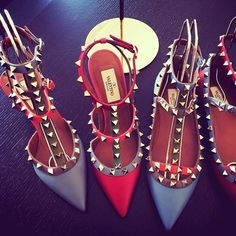 Valentino Rockstud Pumps in red and Blue #Rockstuds #Valentino #Shoes